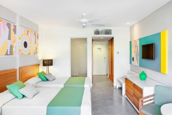 Hotel Ocean Vista Azul Image 11