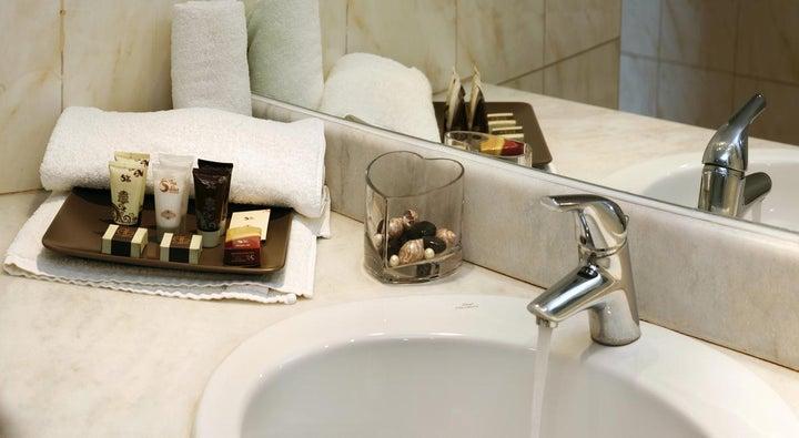 Ariti Grand Hotel Image 24