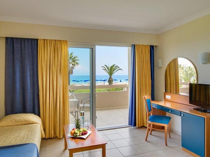 Sun Beach Resort Image 36