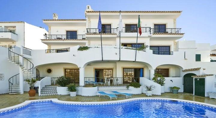 Cheerfulway Bertolina Mansion in Albufeira, Algarve, Portugal