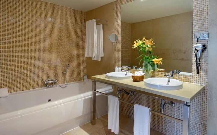 Elba Sara Hotel & Golf Resort Image 4