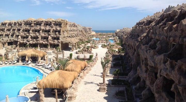 Caves Beach Resort Hurghada Image 12