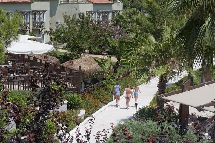 Crystal Flora Beach Resort Image 8