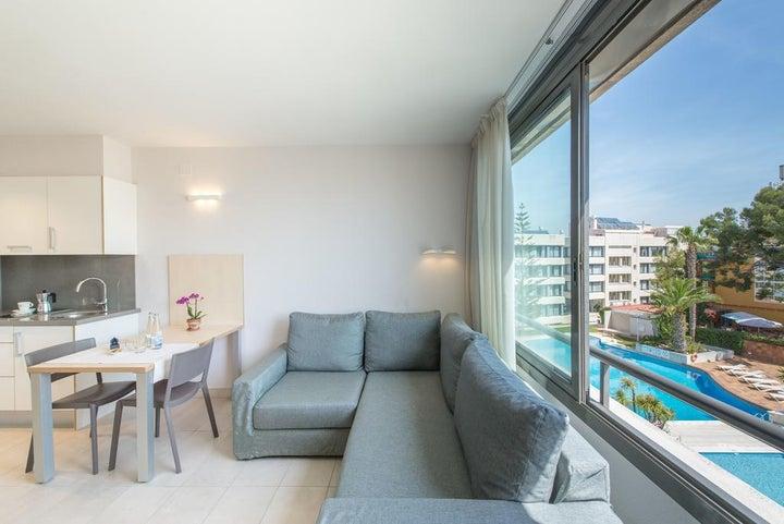 Atenea Park-Suites Image 10