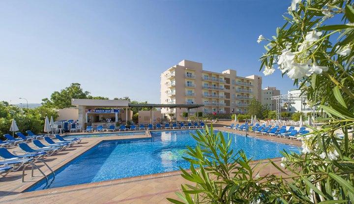 Invisa Es Pla Hotel Image 18