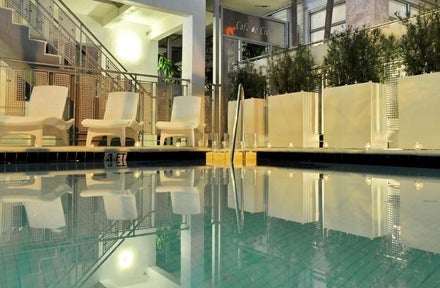 Crest Hotel Suites In Miami Beach Usa Holidays From 674pp Loveholidays