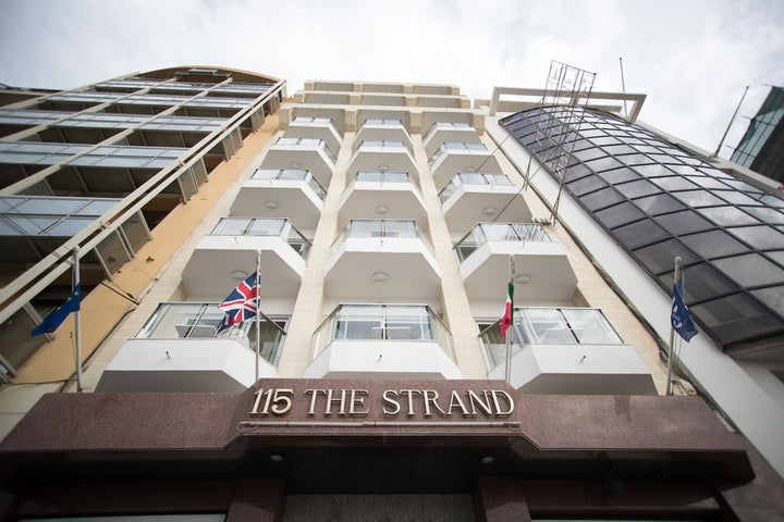 115 The Strand Hotel and Apartments Image 18
