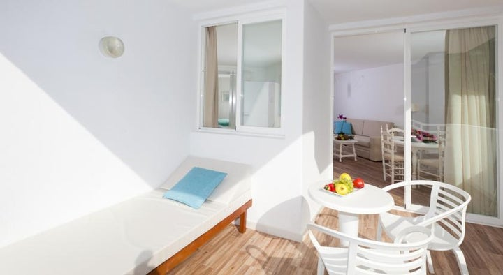 Fergus Cala Blanca Suites (Sta.Ponsa) Image 14