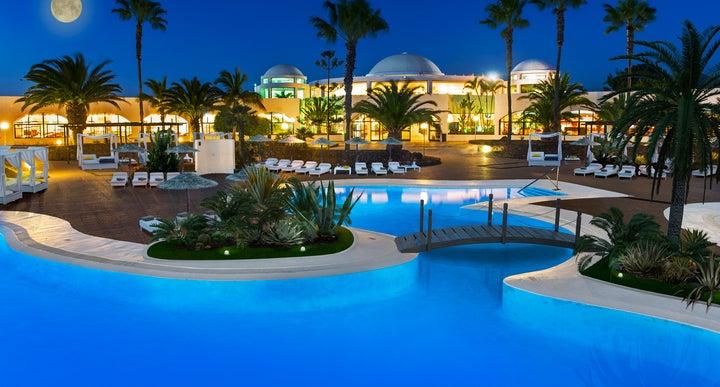 Holiday Village Flamingo Beach Resort Playa Blanca Lanzarote