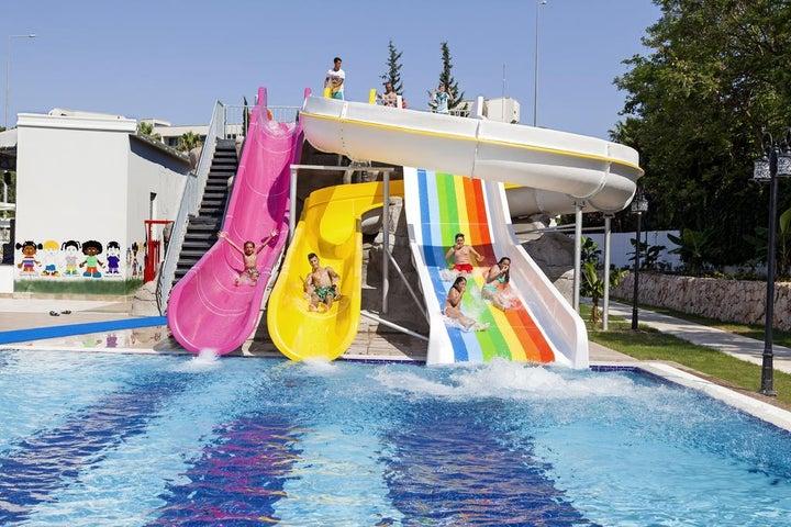 Karmir Resort And Spa Image 4