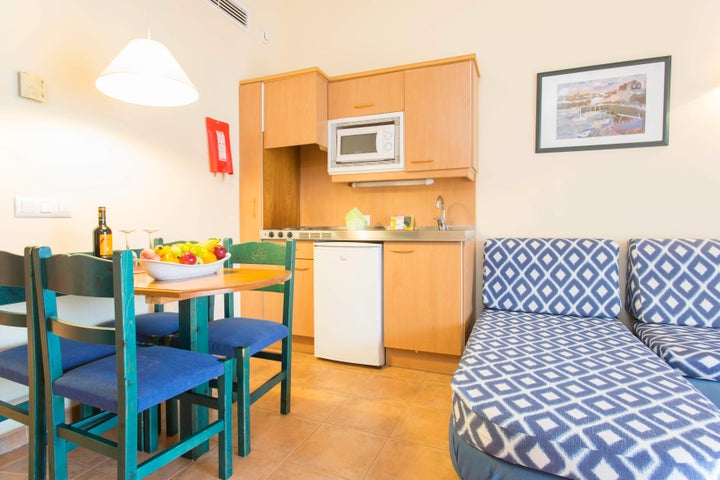 Sea Club Aparthotel Image 6