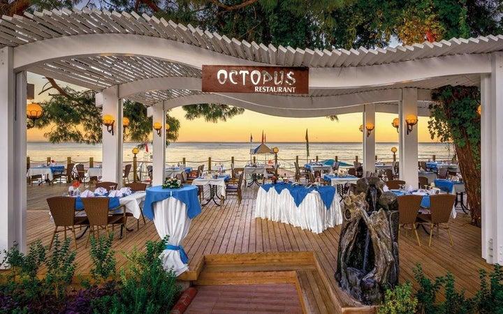 Crystal Aura Beach Resort And Spa Image 39