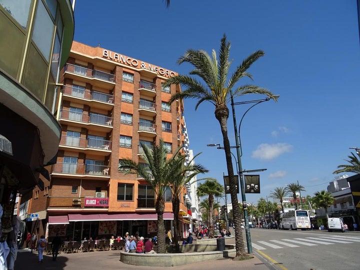 Blanco y Negro Apartments in Lloret de Mar, Costa Brava, Spain