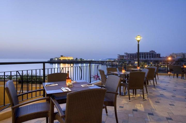 Marina Hotel Corinthia Beach Resort Image 9