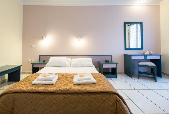 Sofias Hotel Image 11