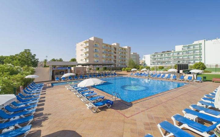 Invisa Es Pla Hotel Image 0