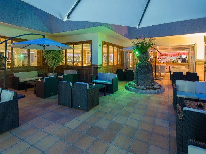Invisa Es Pla Hotel Image 10