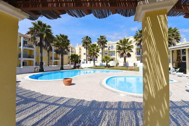 Praia da Lota Resort - Apartments Image 8