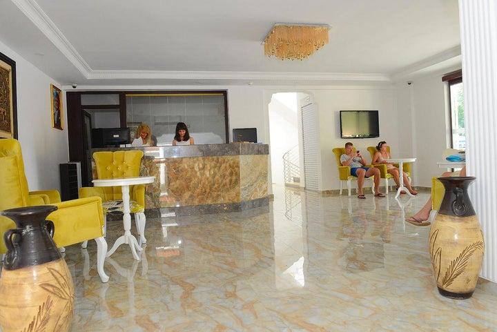 Marcan Beach Hotel Image 4