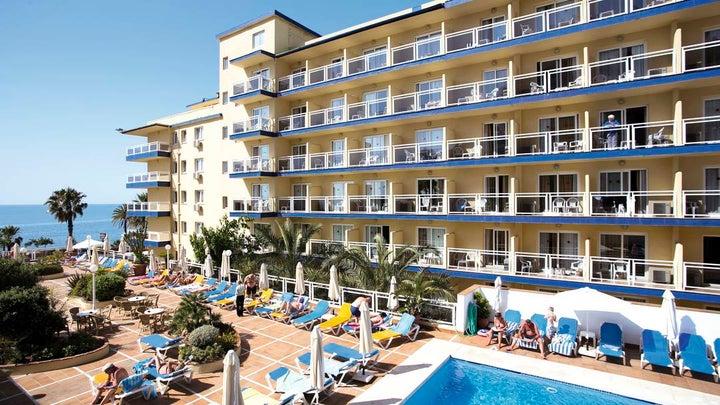 Las Arenas Hotel Image 10