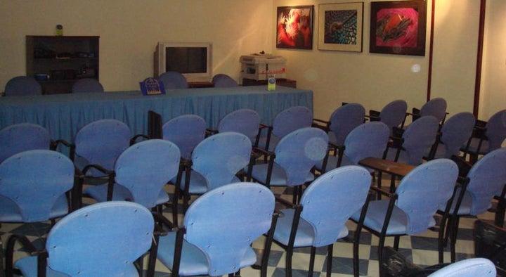 Reveron Plaza Hotel Image 25