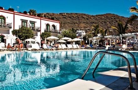 Apartments the puerto de mogan in puerto de mogan gran canaria holidays from 320pp - Marina apartments puerto de mogan ...
