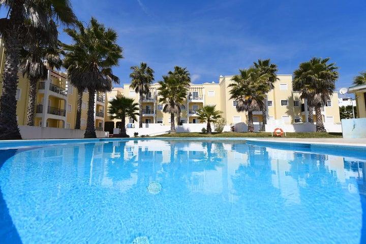 Praia da Lota Resort - Apartments Image 3