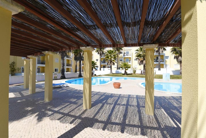 Praia da Lota Resort - Apartments Image 10