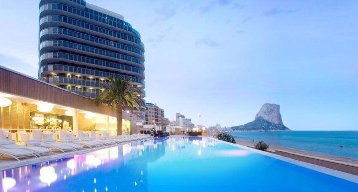Hotels Near Alicante Train Station