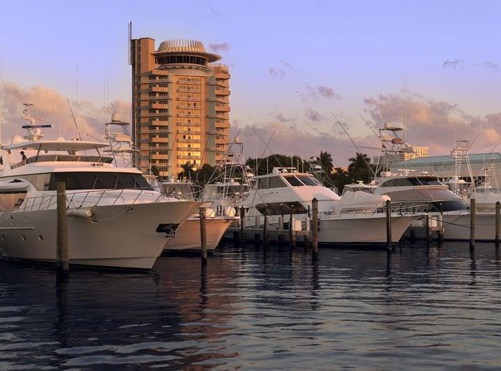 Pier Sixty-Six & Marina Image 6