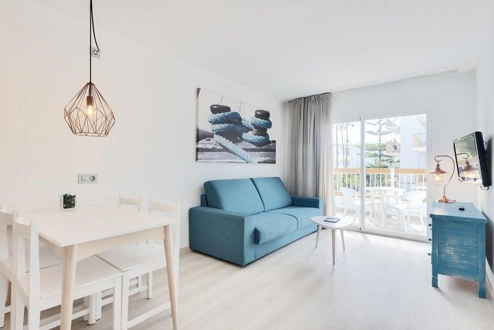 Alcudia Garden Apartments Image 2
