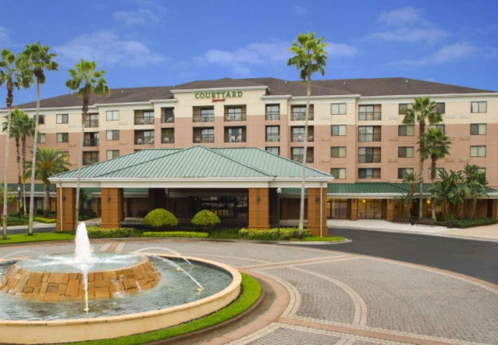 Courtyard Orlando Lake Buena Vista Marriott Villag Image 0