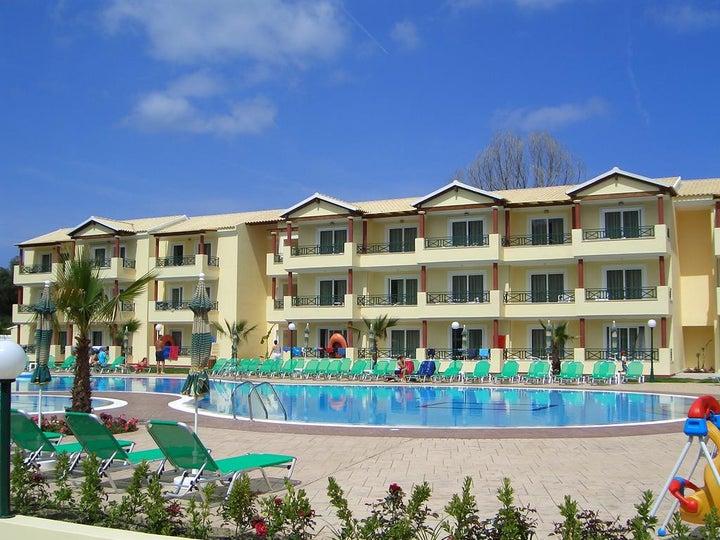 Damia Apartments in Sidari, Corfu, Greek Islands