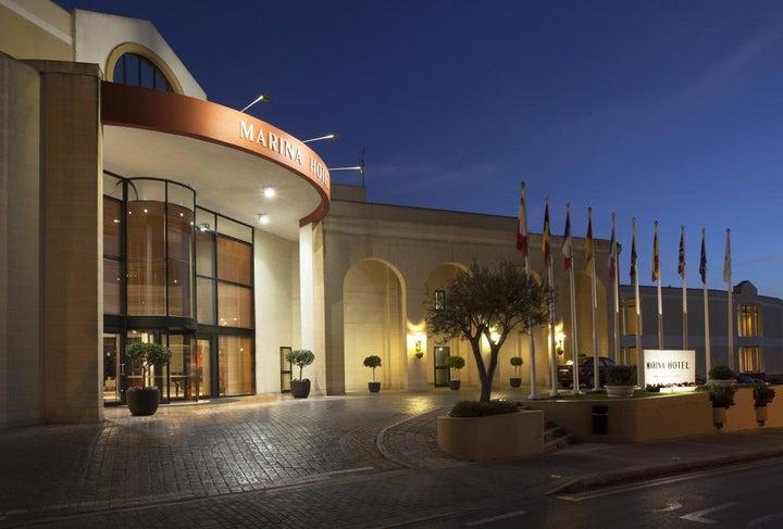 Marina Hotel Corinthia Beach Resort Image 36