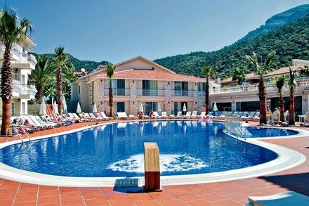 Blue Lagoon Hotel Image 1