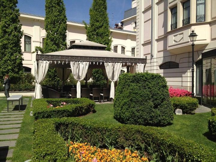 Grand Visconti Palace Image 24