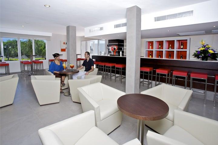 Mar Hotels Ferrera Blanca Image 10