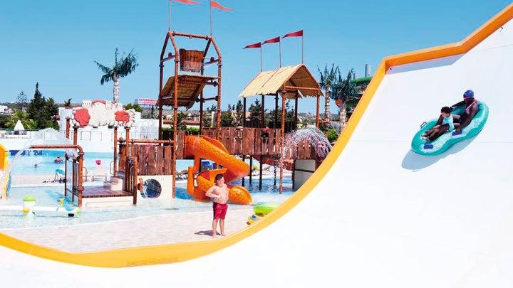 Electra Holiday Village Image 7