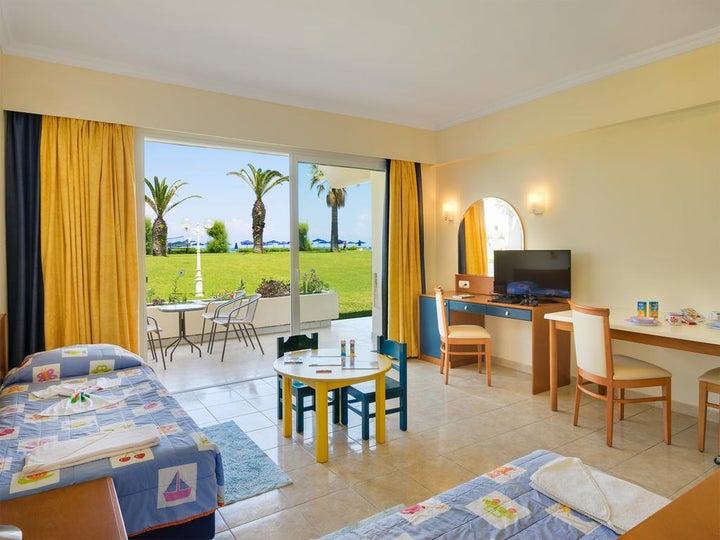 Sun Beach Resort Image 39