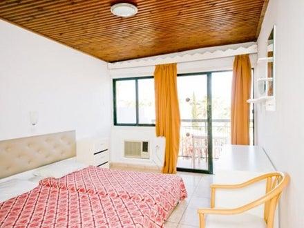 Tsokkos Holiday Apartments Image 11
