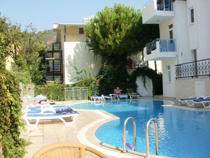 Tolan Apartments Image 2