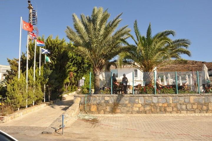 Siesta Beach Apartments Image 7