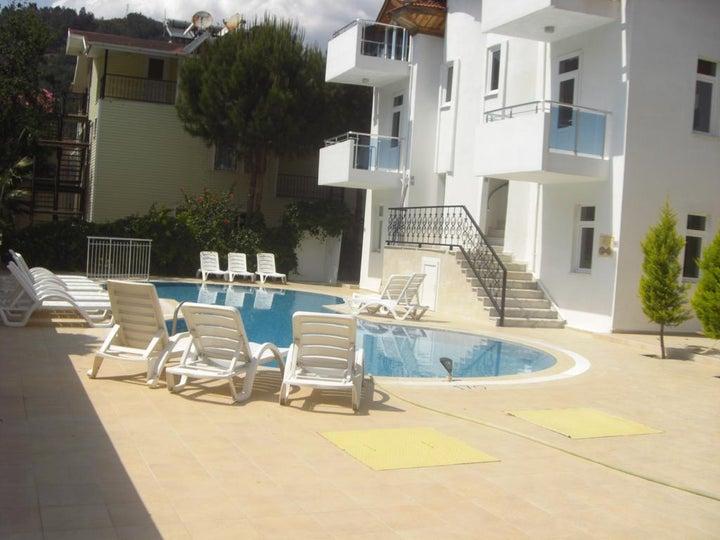 Tolan Apartments Image 3