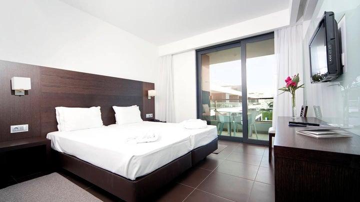 Alvor Baia Hotel Apartments Image 1