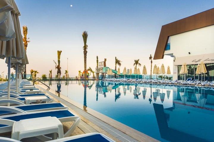 Sun Star Resort Image 2