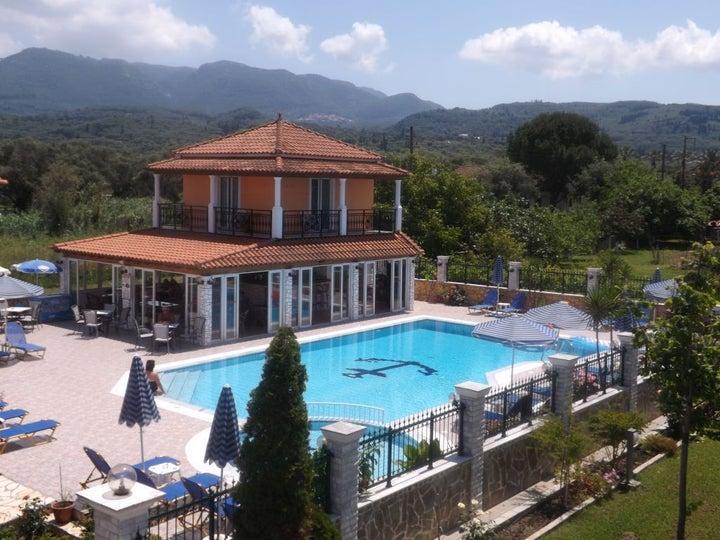 Makis Studios Roda in Roda, Corfu, Greek Islands