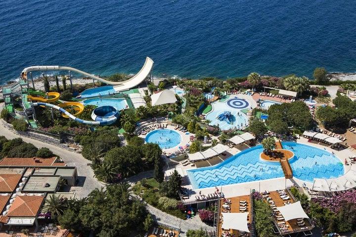 Pine Bay Holiday Resort Image 31