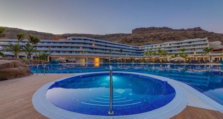 C Blu Pool And Spa Service