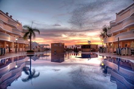 Bahia Flamingo Hotel Image 2