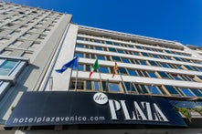 Plaza Venice Hotel
